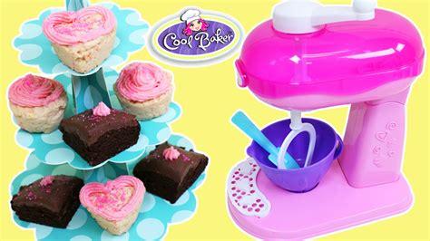 cool cakes to bake cool baker magic mixer diy cupcakes and brownies youtube