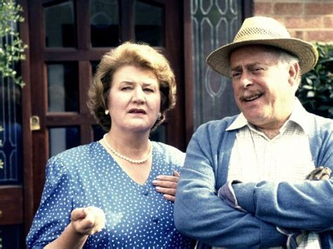 keeping  appearances episode  tv episode