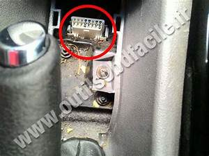 Obd2 Connector Location In Chevrolet Zafira B  2005 - 2011