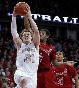 Badgers men's basketball: Run of routs rolls on for Sam ...