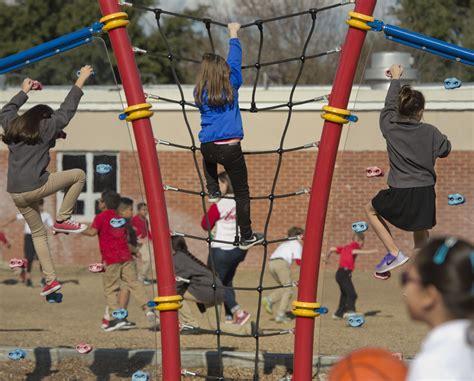 misd parents advocate   elementary school recess