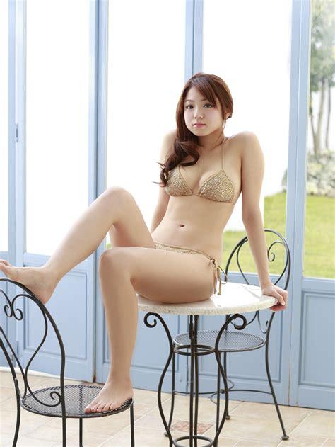 Ivphotogravure Covergirl Shizuka Nakamura