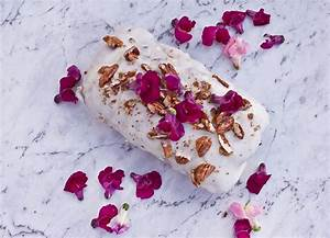 [Recipe] Purple Carrot Cake With Edible Flowers | 1 ...