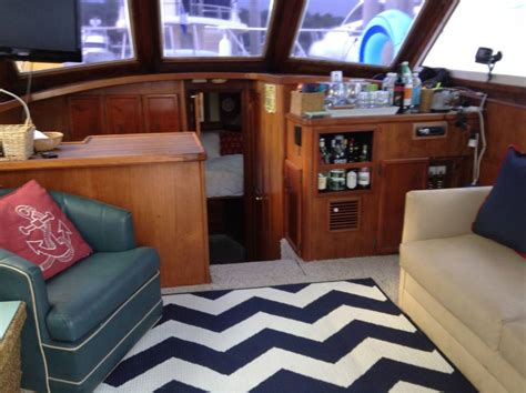 Airbnb Boats Savannah by Let The Waves Lull You Sleep Boats For Rent In Savannah