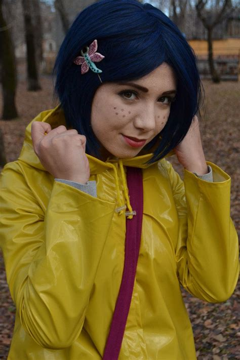 Coraline Cosplay Forget The Freckles But This Haircut And