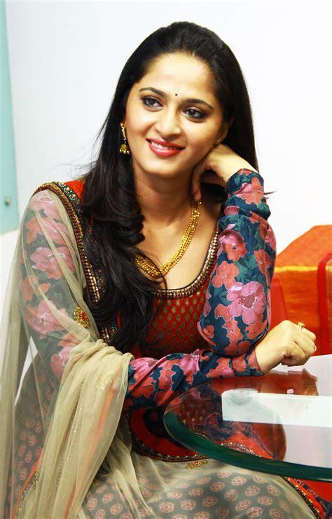 Anushka Shetty Wikipedia
