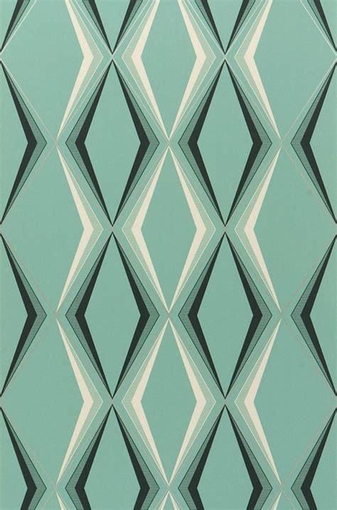 canapé baroque idée déco du papier peint géométrique