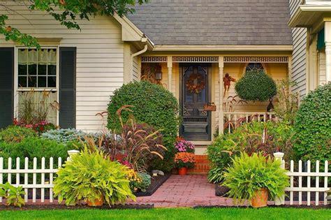 inspirasi taman mini bisa bikin rumah tambah asri