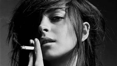 Smoking Lindsay Lohan Actress Smoker Ladies Closeup