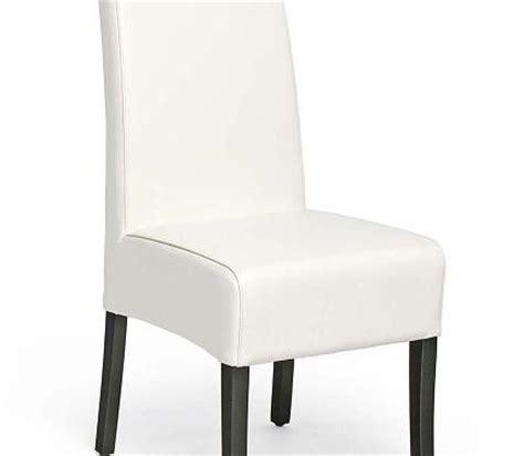 chaise de cuisine en cuir blanc photo gallery une cuisine et salon à aire ouverte pour
