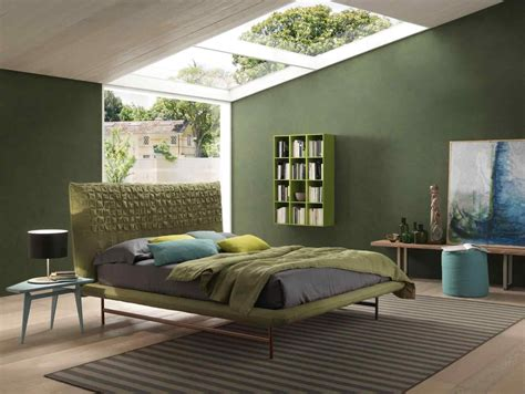 green bedroom ideas how to decorate a bedroom with green walls breakpr