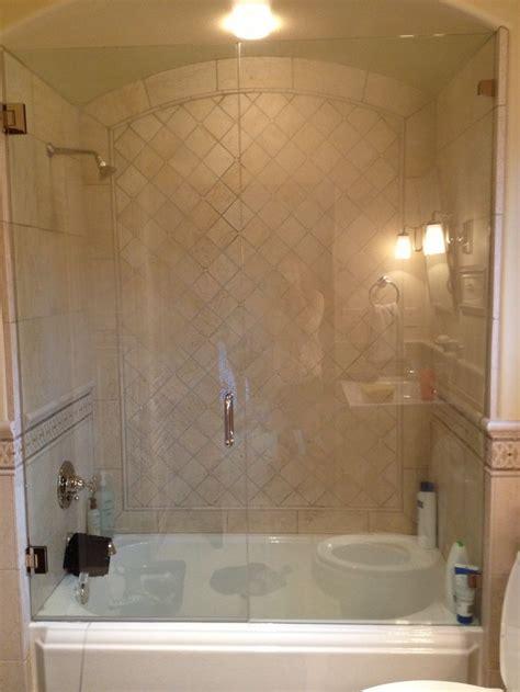Corner Soaker Tub Shower Combo by Best 25 Bathtub Shower Combo Ideas On Shower