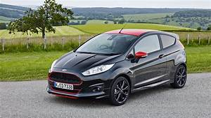 Ford St Line : ford fiesta 1 0 ecoboost 140ps st line black edition 2016 review car magazine ~ Maxctalentgroup.com Avis de Voitures