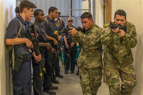 soldier   authorization  wear  beard