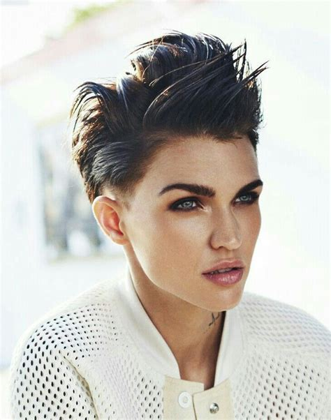 17 Best ideas about Ruby Rose Hair on Pinterest   Ruby