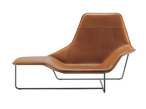 chaise longue in buy the zanotta 921 lama chaise longue at nest co uk