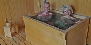 Baignoire Pour Deux : la baignoire ofuro offre le bien tre et d tende ~ Premium-room.com Idées de Décoration