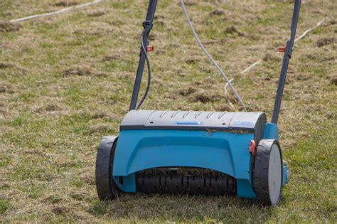 Moos Im Rasen Bekaempfen by Moos Im Rasen So Bek 228 Mpfen Sie Ihn Wirksam Alfa24