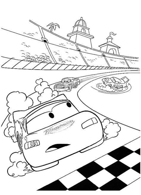 disegni da colorare di cars saetta cars saetta gara da stare e colorare
