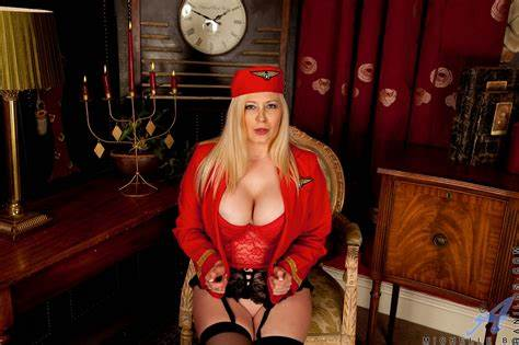 Camera Stewardess Girlfriends At Evocams Showing Porn Images For Michelle B Mmf Screwed