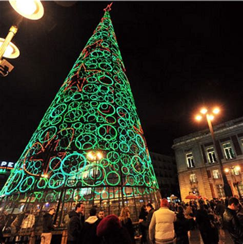 12 most beautiful christmas trees in the world