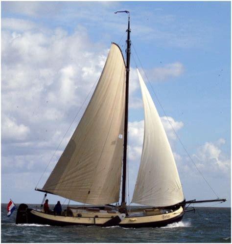Platbodem Huren Lauwersmeer by Lemsteraak Bries 8 Personen Haven Makkum Ijsselmeer Boat