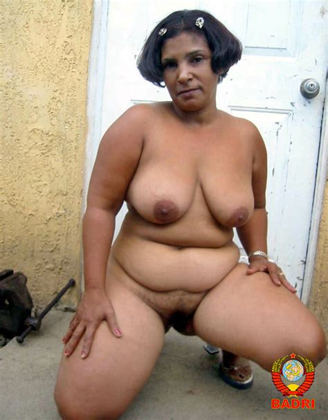 015  In Gallery Osita Dominican Mature Shows Her Ass Rw Set 3 Picture 15 Uploaded By