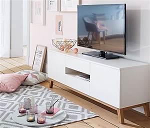 Tv Bank Skandinavisch : die besten 25 tv lowboard ideen auf pinterest lowboard ~ Whattoseeinmadrid.com Haus und Dekorationen