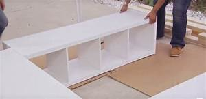 Bett Aus Ikea Regalen : aus 3 ikea regalen wird eine geniale und h bsche idee um extra stauraum unter dem bett zu ~ Markanthonyermac.com Haus und Dekorationen