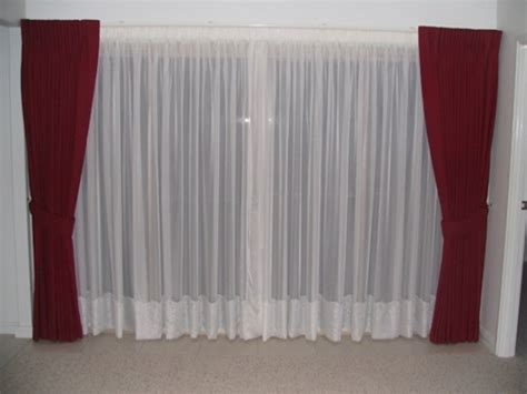 different types of drapes the different types of curtains