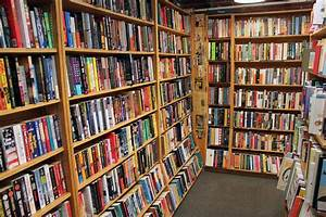 The Quivering Pen: Bookstore of the Month: Harvard Book Store