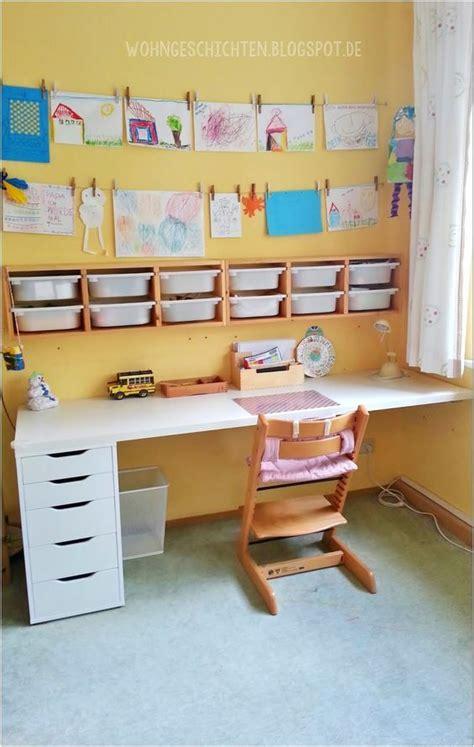kleines kinderzimmer für 2 kinder hellweg kinderzimmer etagenbett schreibtisch jugendzimmer