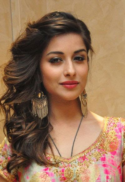 Madhuurima Wiki, Biography, Dob, Age, Height, Weight ...