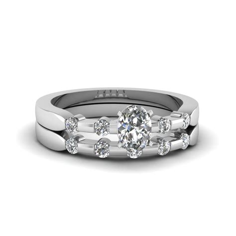 oval shaped delicate wedding ring in 14k white gold fascinating diamonds