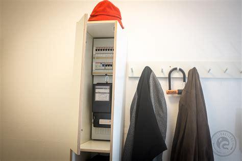 Diy-schrank Für Unschönen Sicherungskasten!! Tolle Idee