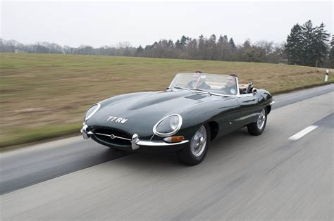 coolest jaguar e 1961 jaguar e type photo gallery autoblog