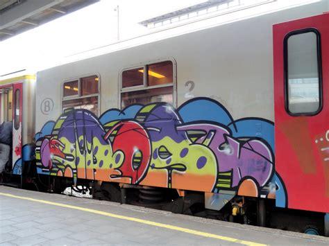 Graffiti Train : Graffiti On Train Art On Train