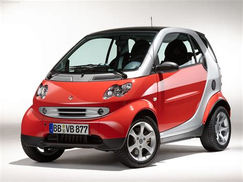 Smart Fortwo Coupe Photos Photogallery With 14 Pics