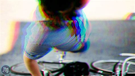 color effects for pictures how to create a split color glitch effect in photoshop