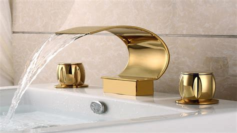 Sink Faucet Shiny Gold Contemporary Bathroom Faucets And