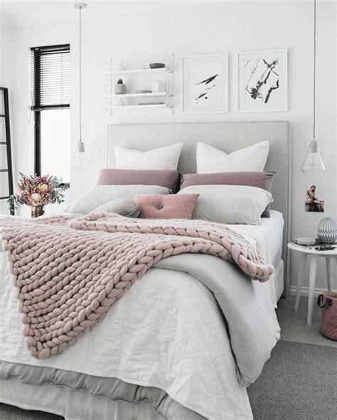 chambre en gris et blanc deco chambre adulte gris et