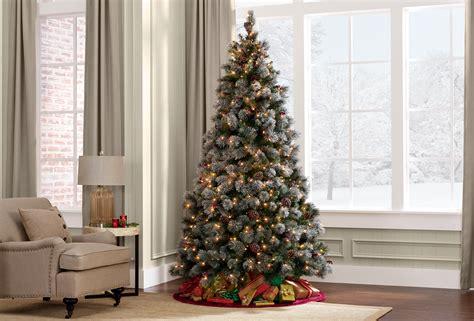 donner blitzen  lightly flocked buchanan pine pre