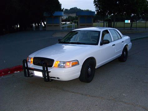 Mn007 2006 Ford Crown Victoria Specs Photos Modification