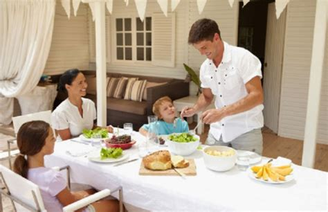 mangiare a casa mangiare in famiglia fa bene alla salute