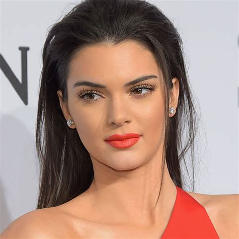 Kendall Jenner Biography Model Profile