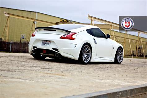 white nissan white nissan 370z modest cars pinterest nissan 370z