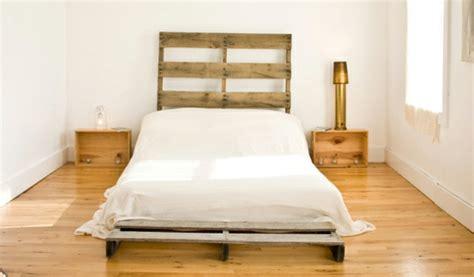 recup palettes  chambres  coucher la tete de lit palette
