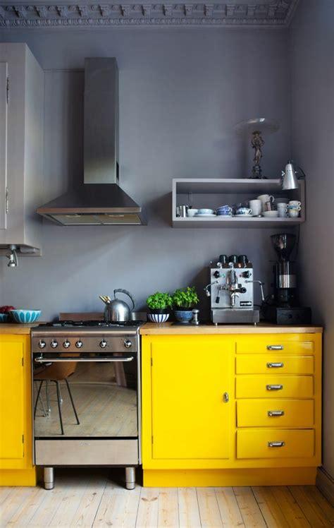 cuisine jaune et gris la cuisine grise plutôt oui ou plutôt non