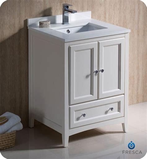 fresca oxford single   transitional bathroom