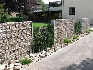 Gabionenzaun Mit Hecke : gaviones decorativos para patios y jardines 34 ideas ~ Orissabook.com Haus und Dekorationen